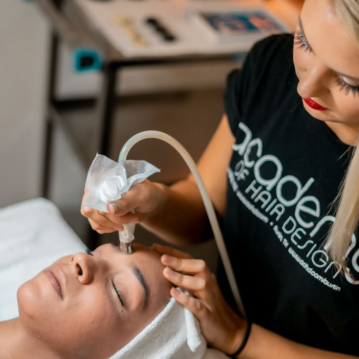 Our Esthetician School Teaches Valuable Beauty and Glamour